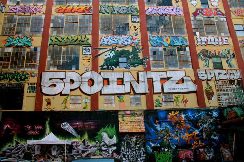 5pointz-sign